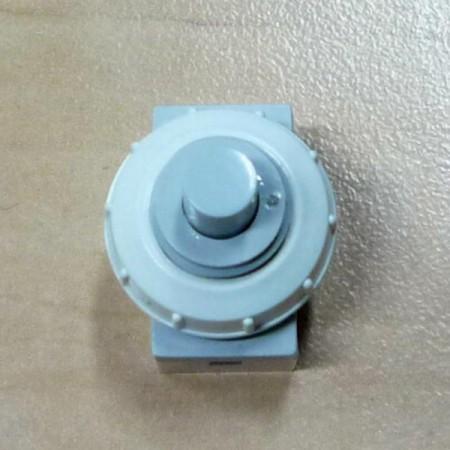 Revizní dvířka kovová DM 300 x 400 zavírání magnety